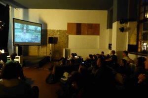 Filmabend im motoki-wohnzimmer